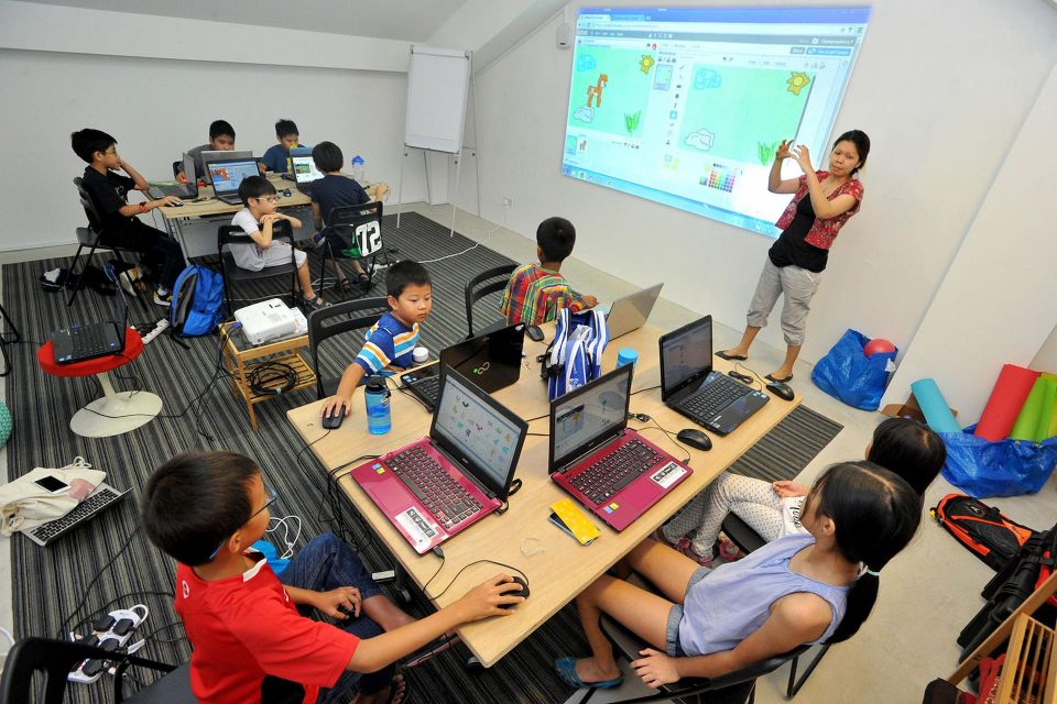 Is Getting Your Kid Admitted In A Coding Class A Good Idea?